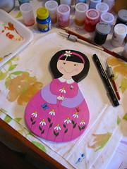 Novidades... (Belle Bellica) Tags: wood pink flowers flores yellow butterfly garden doll rosa craft bee abelha amarelo borboleta jardim handpainted boneca lilás woodendoll
