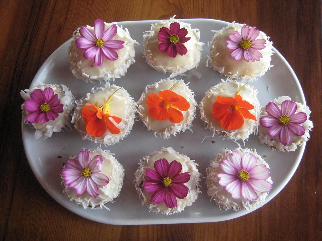Nasturtium Carrot Cake Cupcakes