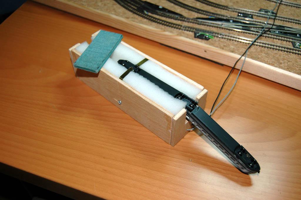 Mi circuito de pruebas pemanente... 120x60cm 3706069875_a7bd11af95_o