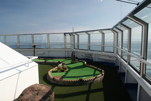 Miniature Golf (Carnival Splendor)