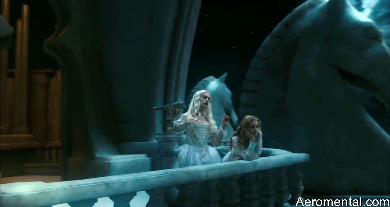 Alicia en el País de las Maravillas HD Reina Blanca