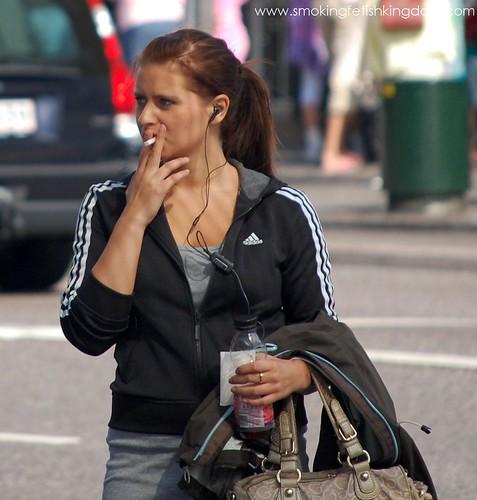 Smoke fetish 200mm cigarettes