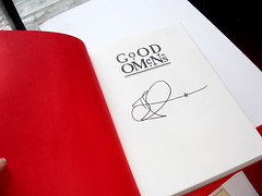 Discworld Convention: Good Omens signed by Terry Pratchett