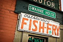 Swannie House Fish Fry (gmeadows1) Tags: sign bar typography buffalo letters tavern signage type fishfry swanniehouse buffalofirstward