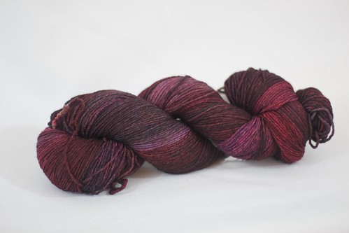 DIC Everlasting 8 ply sock yarn