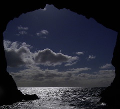 Bay of Islands New Zealand - The Hole in the Rock (normandie2005) Tags: new newzealand rock island islands see bay meer mare hole pacific ile insel zealand nz bayofislands northland neuseeland holeintherock pazific islandsnz nouvellezealande pacificsee