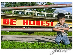 Be Honest (J u l i u s) Tags: bridge canon 350d child anilao rebelxt bata julius leyte 6541 ormoc behonest ormocphoto ormocphotography juliussabelino wwwjsabelinocom