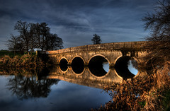 Bridge House, Carton House (Janek Kloss) Tags: county bridge ireland house st river golf happy boat photo day fotograf photos patrick irland eire rye fotka course celebration carton fotografia maynooth golfers zdjecia irlanda kildare ierland j23  zdjecie fotki irlandia   hwdp  lirlande fotosy    moli516