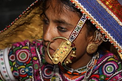 india - gujarat (Retlaw Snellac) Tags: travel people india tourism photo tribe soe banni gujarat kutch blueribbonwinner harijan meghwal