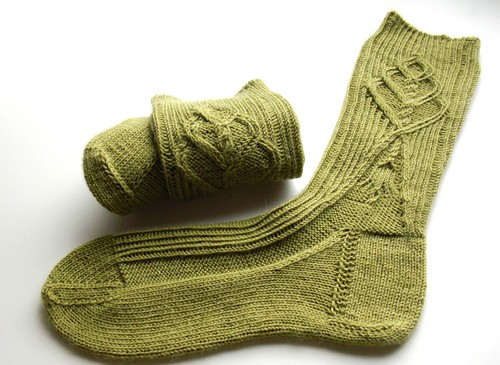 Twist stitch socks finished-4