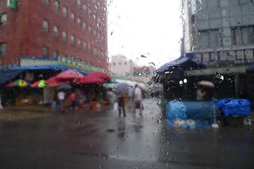 Seoul market during the rain