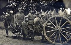 Badisches Feldartillerie-Regiment Nr. 104 ( drakegoodman ) Tags: portrait postcard cannon worldwarone soldiers artillery ww1 greatwar firstworldwar worldwar1 sergeant howitzer germansoldiers rppc feldpost feldmutze krtzchen
