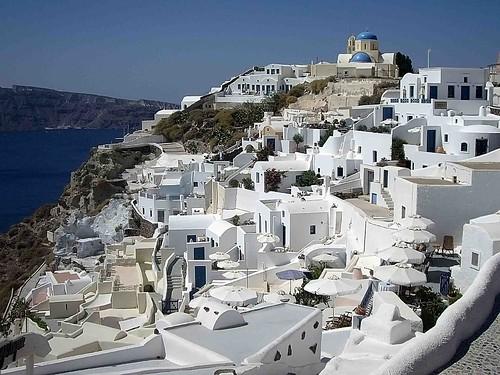 SANTORINI. ISLAS CICLADAS. GRECIA.FIRA 純白の家々と青い海・サントリーニ