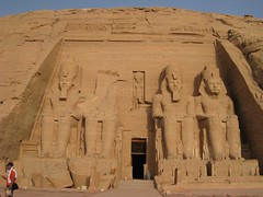 Los Colosos de Ramsés II (versae) Tags: egypt egipto مصر abusimbel أبوسمبل أبوسنبل