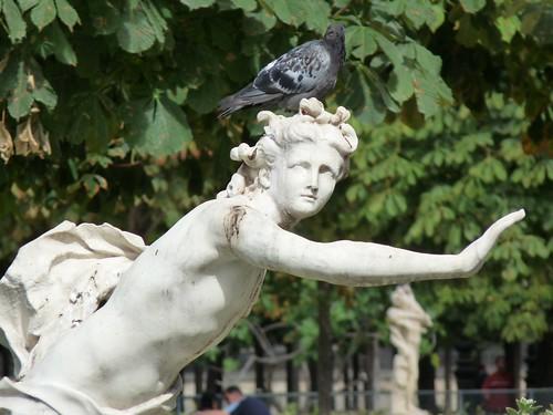 paris statue1