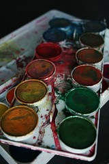 Used Paintbox (Alesa Dam) Tags: blue red orange green colors yellow rainbow paint availablelight violet paintbox splattered waterpaint project365 130365