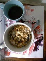 carrot cake oatmeal (buttermilk*blue) Tags: morning favorite coffee breakfast yum coconut raisins oatmeal spices hm carrotcake chai cashews multigrain carrotcakeoats
