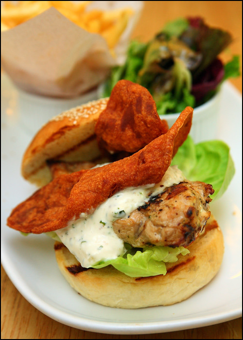 grilled-chicken-burger