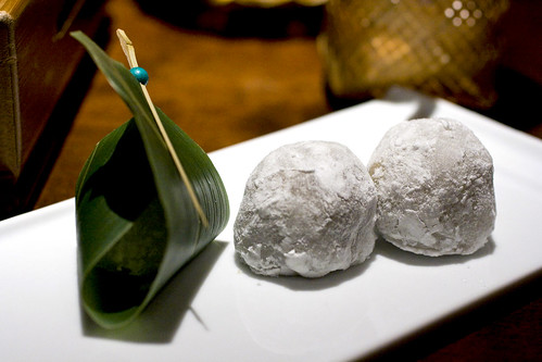 Earl Grey Tea-Chocolate mochi