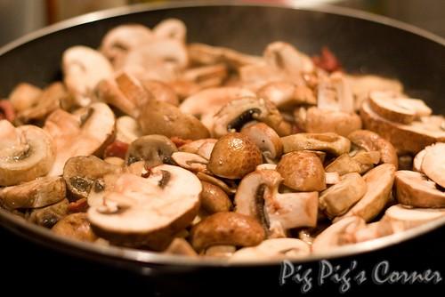 cauliflower mushroom linguine3