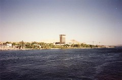 Egypt (Ridders) Tags: africa temple sand northafrica egypt arab 1995 seti aswan ramses hieroglyphics tutankhamun saharadesert amenophis rivernile thutmosis queenhatshepsut horemheb menerptah amonmes sethnakht princemontukhopechef