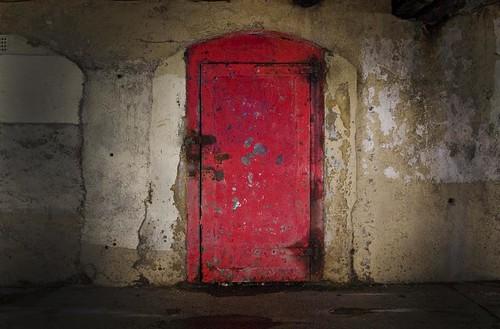 Forgotten door & Forgotten door - a photo on Flickriver