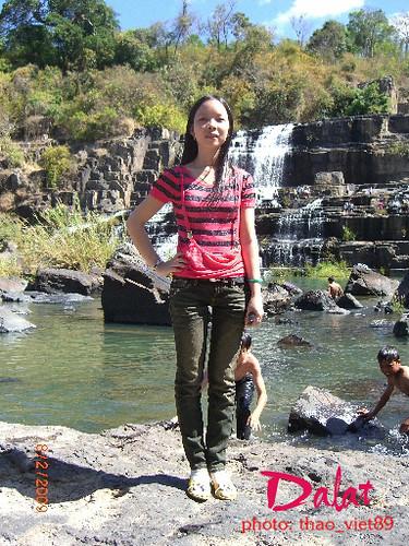 Nguoi` dep xu Quang de'n voi' thac' Pongour by thao_viet89_1.