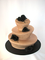 gold and black madhatter (cakeladycakes) Tags: blackroses goldweddingcake goldmadhatterweddingcake
