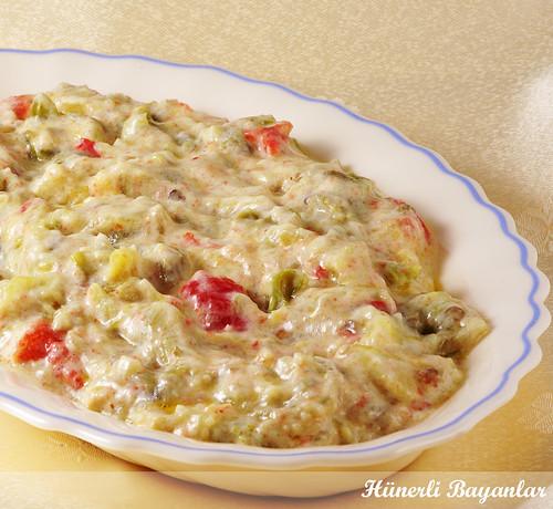Yoğurtlu Patlıcan Salata