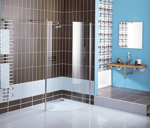 Urban Curved Wet Panel (luxury shower enclosures)