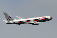 American Airlines - Boeing 767-200ER - N335AA - John F. Kennedy International Airport (JFK) July 24, 2009 204 RT CRP (TVL1970) Tags: airplane geotagged nikon aircraft aviation jfk boeing ge americanairlines 767 airliners generalelectric boeing767 kennedyairport b767 gp1 d90 767200 johnfkennedyinternationalairport 767200er cf680 cf6 boeing767200 kjfk b762 nikond90 nikkor70300mmvr 70300mmvr boeing767200er 767223 generalelectriccf6 767223er cf680a n335aa nikongp1