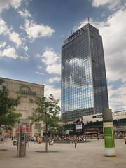 Park Hotel at the Alexander Platz (Werner Kunz) Tags: city trip travel vacation sky people holiday building berlin alex architecture clouds photoshop shopping germany deutschland town nikon europe place urlaub brunnen wideangle republik german alexanderplatz alexander spree dri hdr hdri deutsch werner reise hochhaus parkinn galeriakaufhof skyscrapper parkhotel preussen wende kunz wiedervereinigung photomatix bundeshauptstadt colorefex nikond90 topazadjust werkunz1