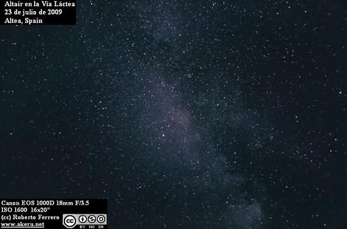Altair y la Vía Láctea