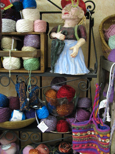 picasso moon yarn shop