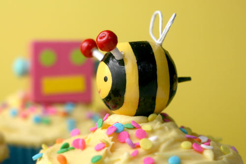 Bumblebee Cupcake Topper