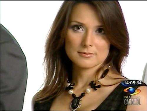 20090918 Silvia Corzo Tv y Novelas Noticias Caracol 01