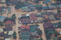 Typhoon ondoy floods Manila
