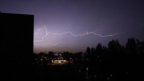 lightning maassluis