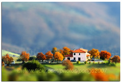Autumn in Toy Town - HMS! (pongo 2007) Tags: miniature europe umbria tiltshift faketiltshift fakeminiature pongo2007