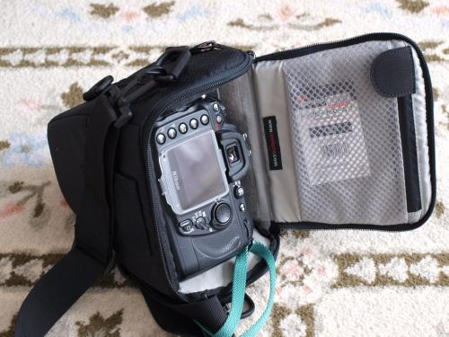 カメラバッグ P1032538
