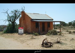 Position, position,position. (gecko47) Tags: ruins realestate silverton australia outback deserted ruraldecay bargain brokenhill miningtown