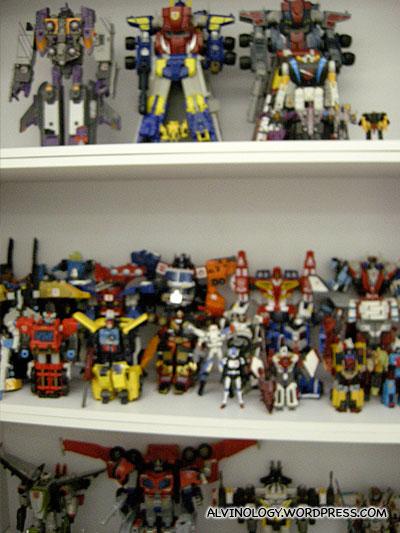 More Transformer toys!