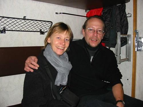Oef, samen op de trein