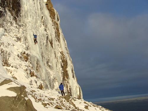 Iceclimbing.