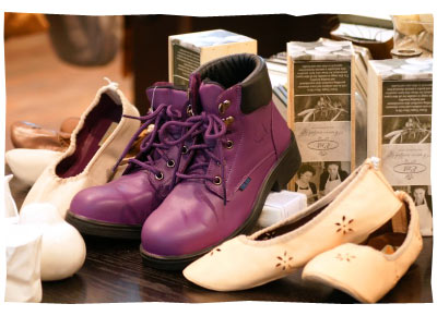 purpleboots_display