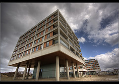 Apartments Hoek van Holland ([ Michel ]) Tags: canon apartments nederland thenetherlands sigma wideangle 1020 hdr hoekvanholland sigma1020mm appartementen photomatix groothoek canoneos450d spiritofphotography photoshopcs4 hdraward