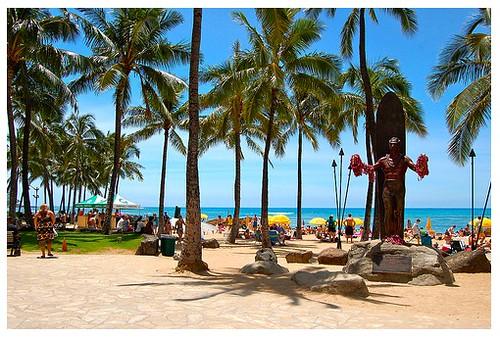 Duke statue Waikiki