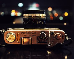 Yashica, Japan (Violet Kashi) Tags: camera vintage lights nikon bokeh kashi yashica the60s d90