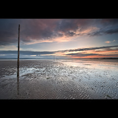 |        Post (Reed Ingram Weir) Tags: sunset clouds sand nikon posts cloudscape holyisland 09h 06nd nikond700 nikkor1424mm reedingramweir diyfilterholder wwwreedingramweircouk