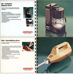 1984 Arno catalog 03 - coffee maker and electric knife (Gugue) Tags: brazil vintage fan propaganda ad mixer anncio annonce 70s blender arno catalogue reklame vacuumcleaner catalogo juicer hairdryer ventilador anzeige floorpolisher secador homeappliance deskfan liquidificador standmixer katalog haardroger eletrodomstico licuadora waxer schecheveux batedeira haartrockner aspiradordep uscator espremedor enceradeira